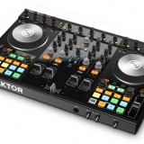 Native Instruments: Traktor Kontrol S4 MK2
